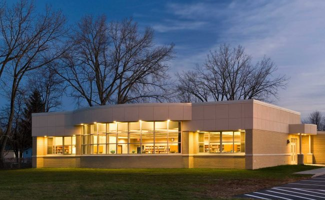 Exterior of the elementary Media Center addition in South Colonie, New York designed by Mosaic Associates.